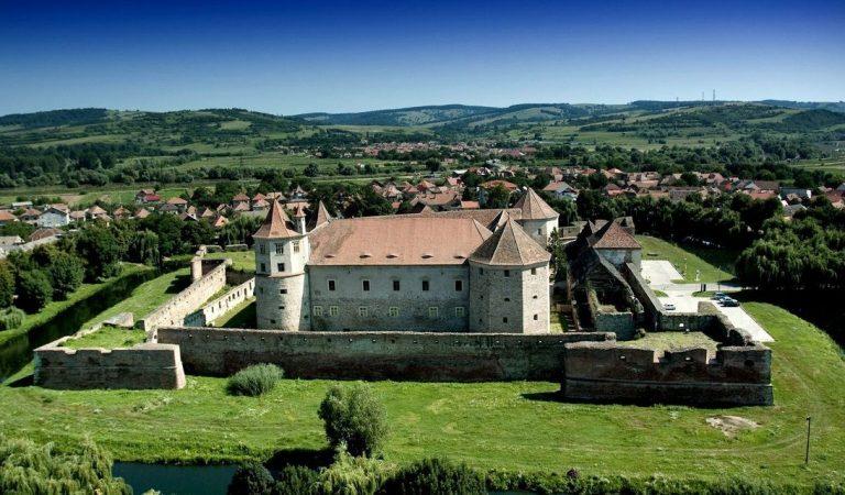 Cetatea Făgăraş – printre cele mai mari şi mai bine conservate cetăți medievale din Europa