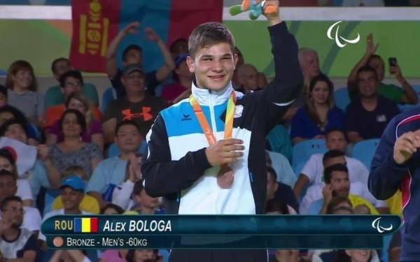 Alex Bologa, complet nevăzător, a câștigat medalia de bronz la Jocurile Paralimpice de la Rio