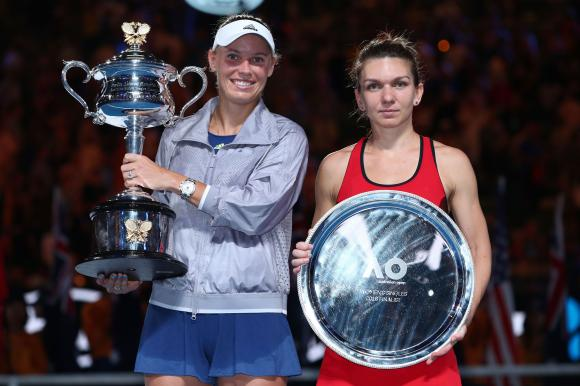 Simona Halep a pierdut finala de la Australian Open. Cronica unui meci cu două învingătoare