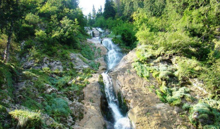 Cascada Cailor, cea mai mare cascadă din România.