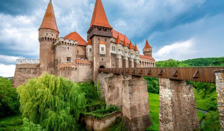 Ce să vizitezi într-un weekend prelungit în județul Hunedoara