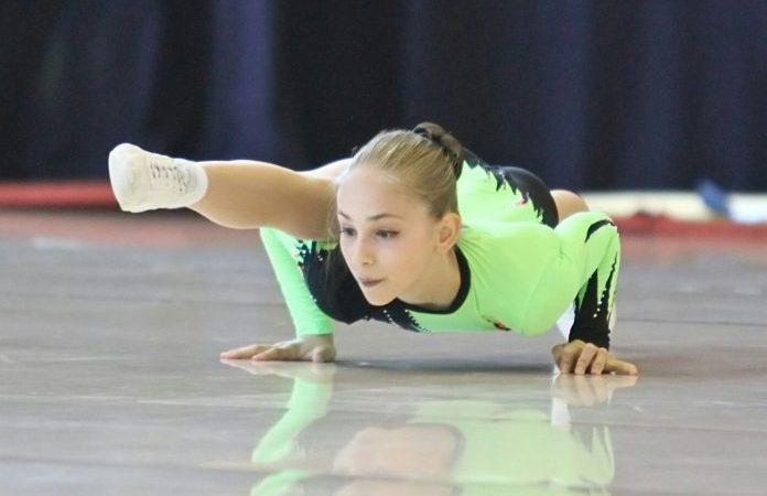 Poveste impresionantă: O fetiță din România abandonată la naștere, a devenit campioană mondială la Gimnastică Aerobică