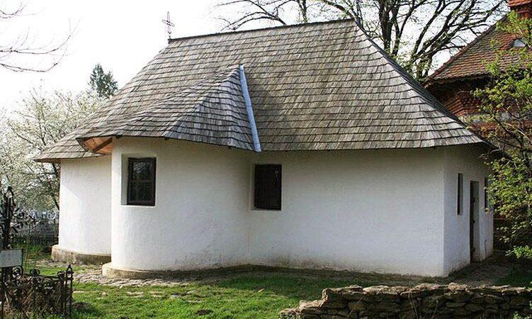 Biserica de la Ipotești, satul copilăriei lui Eminescu – unicat în lume