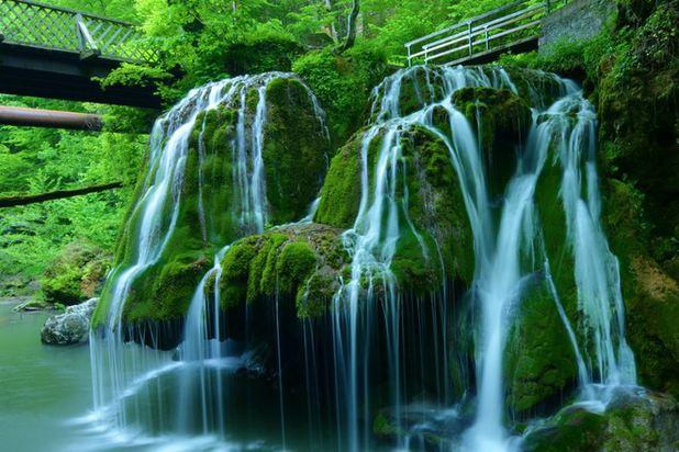 Cascada Bigăr a fost desemnată cea mai frumoasă din lume, vizitată de peste 100.000 de turişti într-un an