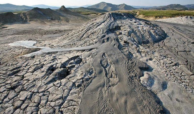 Unic în Europa – Vulcanii Noroioși, tărâmuri de pe altă lume