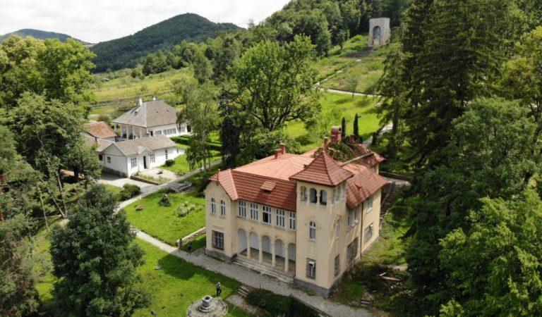 Muzeul memorial Octavian Goga, casa în care a locuit și a creat academicianul