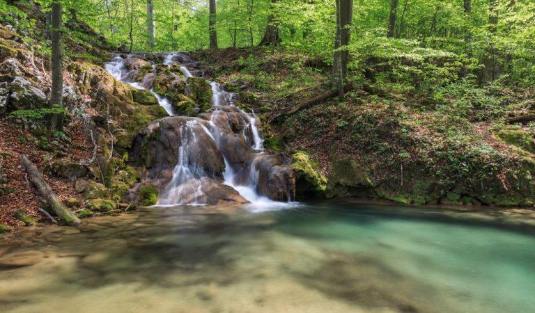 Minunea naturală din Parcul Național Cheile Nerei